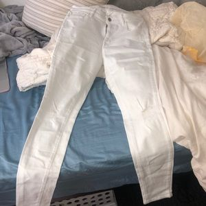 Old Navy, white jeans size 4